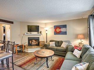 2BR Breckenridge Condo -Mtn Views & Hot Tub Access