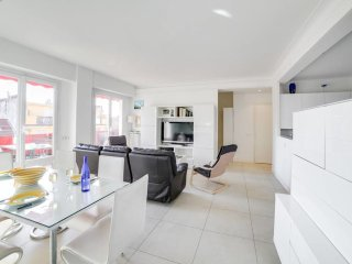 Magnificent 2br flat in the heart of Nice