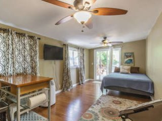 Hauula Getaway Studio - Home away from the city! $75 till mid November BOOK NOW!