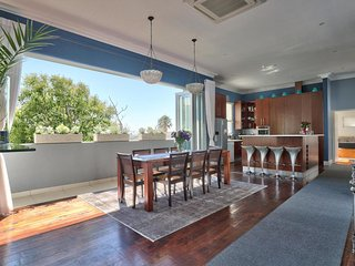 Maudville - a charming 4 bedroom villa in Cape Town