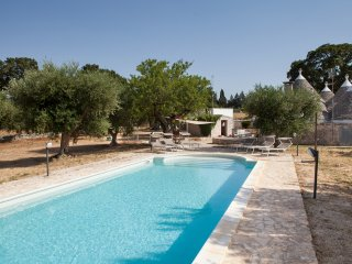 Trullo Stefano- private pool- games room- privacy- concierge- watch drone video