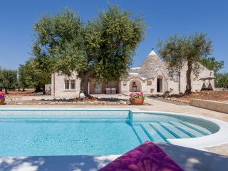 Exclusive 'Trullo Sofia' with private pool at walk distance to Alberobello