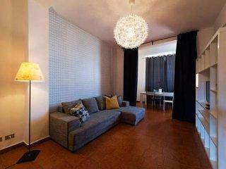Milazzo apartment in Termini Stazione with WiFi, air conditioning, balcony & lif