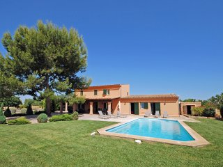 GREAT COUNTRY HOUSE WITH SWIMMING POOL AND WONDERFUL PRIVATE GARDEN IN BINISSALE