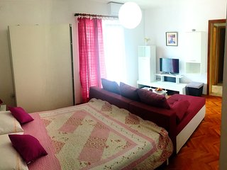 Classic one bedroom apartment in Vodice