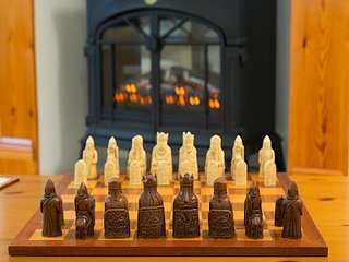 Bovisand Heritage Apartments - Rodney, chess set