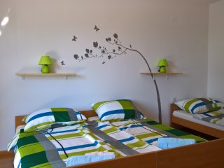 Novalja Apartment Sleeps 3 with Air Con and WiFi - 5676836
