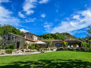 Luxury estate with heated pool, sauna, Jacuzzi 100 km north of Rome, 25 Orvieto