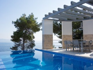 Water front holiday villa with pool, Prizba, Korcula