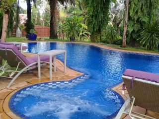 One room for rent in Luxury Villa Valentine Phuket