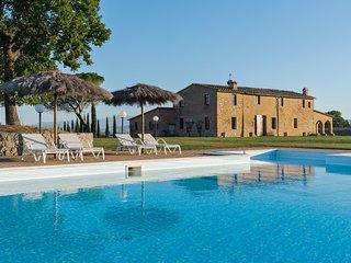 Villa al Tramonto - Buonconvento (Val d'Arbia area)