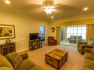 Tupelo Bay Honey!  Perfect 3br at Golf Course, Quick Beach Shuttle