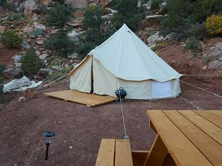 Zion Glamping Adventure -Tent 4