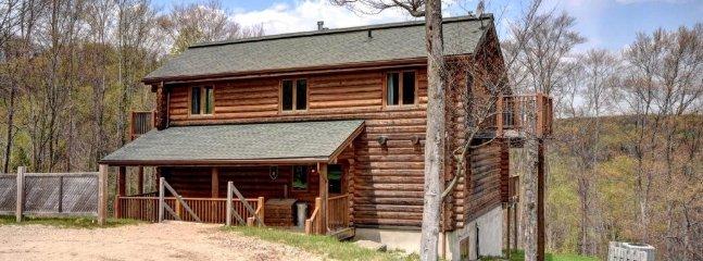 Mont Tremblant Blueberry Lake 6 bedroom 4.5 bathroom Chalet