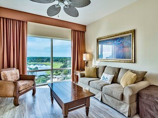 Beachside Luau Sandestin, Largest 1 Bedroom - TRAM included - walk to the beach!
