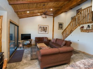 Timber Ridge 48 - Ski in Ski out Mammoth Condo