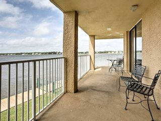NEW! 1BR Waterfront Gulf Shores Condo w/Pier, Pool