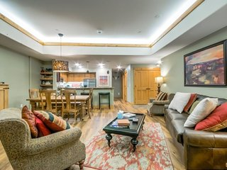 Luxury Condo, Close to Base Area