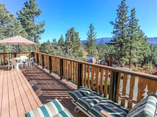 ~Above It All~Minutes To All Activities~Amazing Sun Deck~Essentials Included~