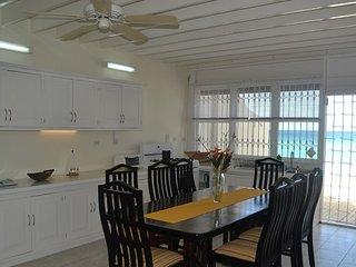 Your beachside kitchen - with this view, even doing the dishes isn't a chore