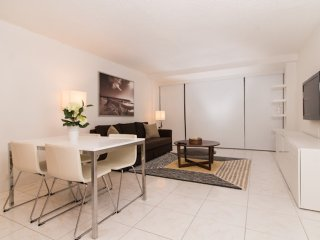 The Palace at Miami Beach - A / Oceanview Apartment 1 Bed-1 Bath