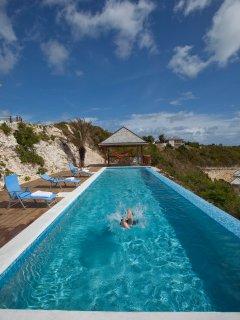 Perfect Sunshine Villa, Antigua (Owners' Listing)