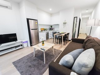 HOMELY Flinders Lane CBD Apartment + FREE WiFi