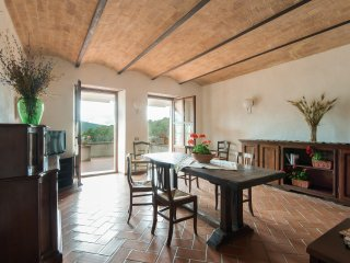 Apartment 'Girasole' with Kitchen and Terrace - Breakfast included