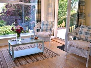 Edens Horizon 6 bedrooms sleeps 12 near Eden Project +Lost gardens of Heligan