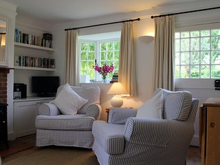 The sitting room - simply but tastefully furnished