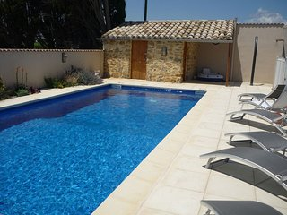 1 Bedroom gite in beautiful stone barn with pool