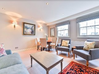 Fabulous 2-bed flat by Hyde Park