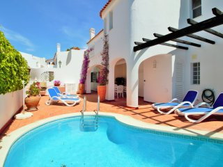 Casa Bella - 3 bed apartment with private pool close to Tennis Academy