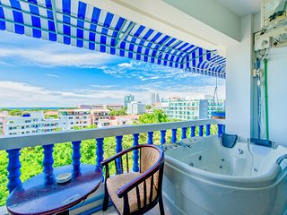 Jacuzzi and Ocean view near walking street ★★★★★