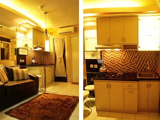 Cozy Kalibata City Apartment by Sinatrias Room