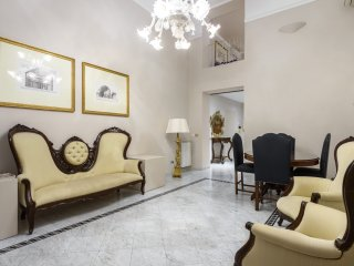 Navona 3 - Beautiful deluxe apartment for families and friends with free Wi-Fi