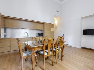 Navona 2 - Beautiful exclusive apartment for families and friends with free