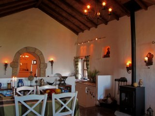 350 Year Old. Full of Atmosphere and all you need for a Comfortable Holiday