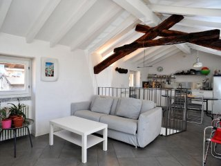 Apartment 28 m from the center of Bellagio with Internet, Air conditioning