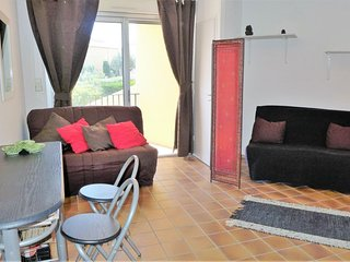 Apartment in Narbonne with Internet, Parking, Terrace, Washing machine (669490)