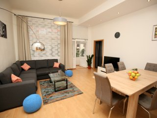 ♚ SPACIOUS&COMFORTABLE 3BDR 108m2 in city centre