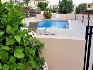 Camelia Gardens-Spacious Holiday Apartment