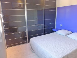 Apartment 75 m from the center of Bormes-les-Mimosas with Internet, Parking