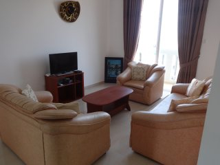 FULLY FURNISHED  3 BEDROOMS,2 BATHROOMS, 50M TO MT LAVINIA BEACH