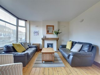 House 307 m from the center of Brighton with Internet, Parking, Terrace, Garden