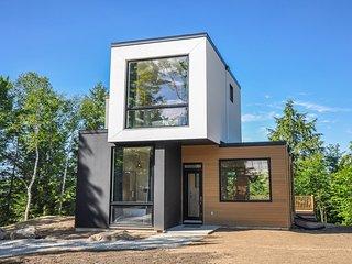Resort BelAir 3BR Modern house, 10 min Mtn