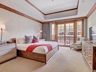 Ritz-Carlton Three Bedroom Mountain View ~ RA152767