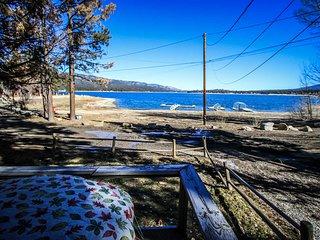 0110 - Lakefront ~ RA2323