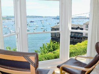 Crows Nest Apartment In Stunning, Harbour-Front Location With Spectacular Views