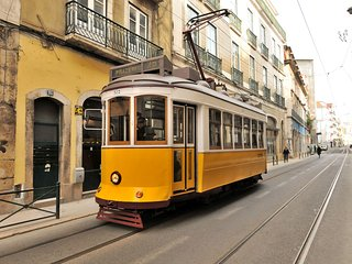 Tram28 Loft in the historic part of Lisbon. Calm, cozy and ideally situated